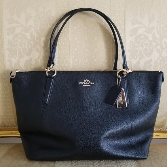 Coach Handbags - COACH Crossgrain Ava Lesther Tote Shoulder Bag 0e452ee007c39